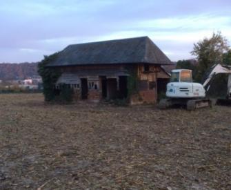 Démolition d'un bâtiment normand sur la commune de Pont Audemer.